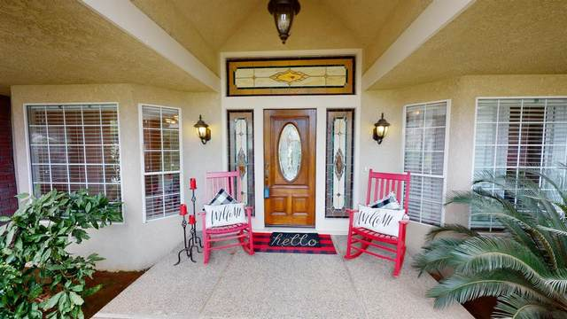 2655 W Barstow Avenue, Fresno, CA 93711 (#537888) :: Realty Concepts