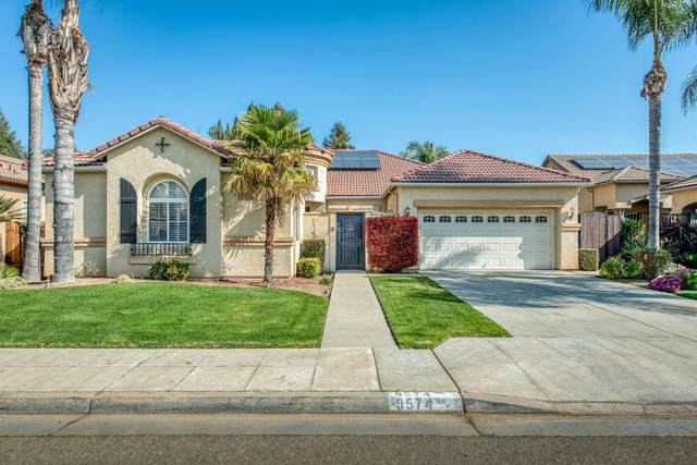 9574 N Larkspur Avenue, Fresno, CA 93720 (#537985) :: Realty Concepts
