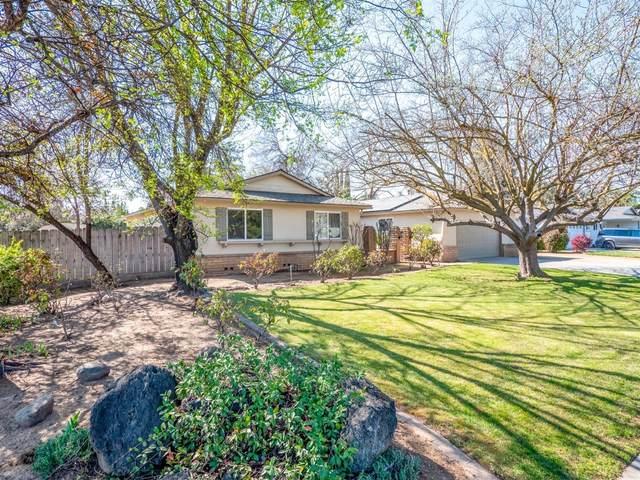 2017 W Sierra Avenue W, Fresno, CA 93711 (#538189) :: FresYes Realty