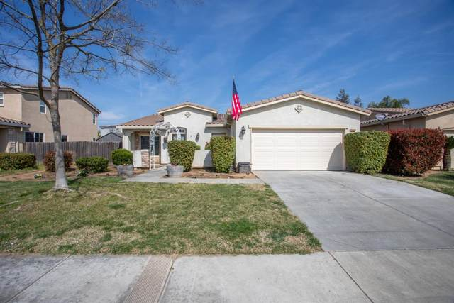2053 Roosevelt Way, Dinuba, CA 93618 (#538592) :: Raymer Realty Group