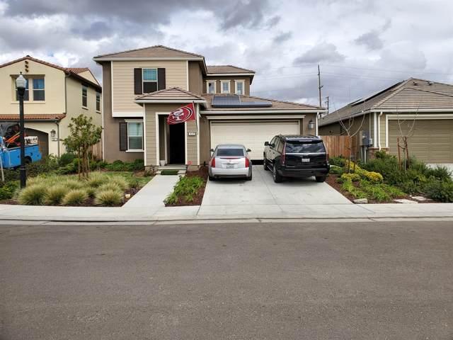 469 Wishon Avenue, Madera, CA 93636 (#539067) :: FresYes Realty