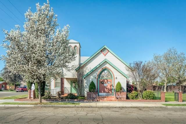 3971 E Kaviland Avenue, Fresno, CA 93725 (#539166) :: Your Fresno Realty | RE/MAX Gold