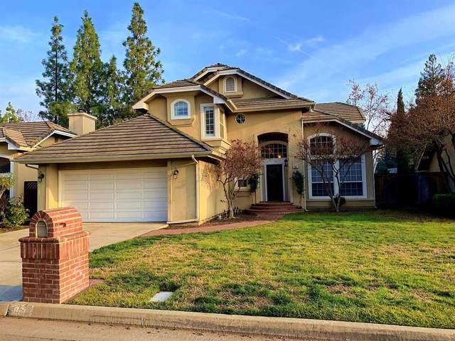 861 E Brighton Lane, Fresno, CA 93720 (#539239) :: FresYes Realty