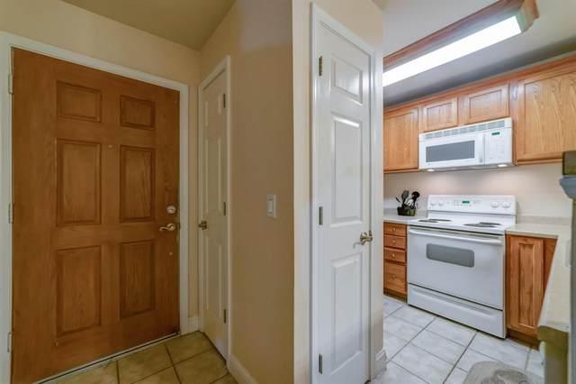 2909 Huntington Boulevard #136, Fresno, CA 93721 (#539292) :: FresYes Realty