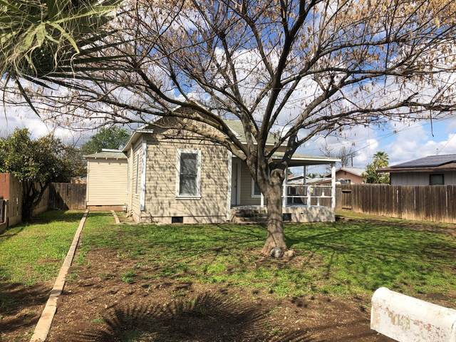 463 N Whitney, Dinuba, CA 93618 (#539605) :: Raymer Realty Group