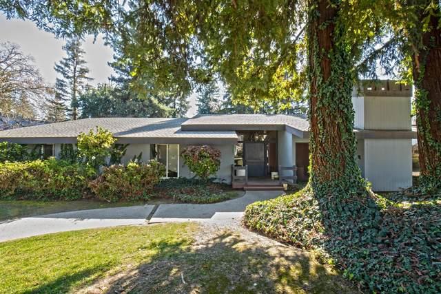 3743 W Alluvial Avenue, Fresno, CA 93711 (#539704) :: FresYes Realty