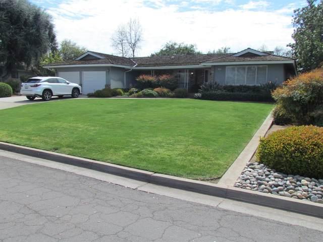 1629 W Dovewood Lane, Fresno, CA 93711 (#539753) :: FresYes Realty