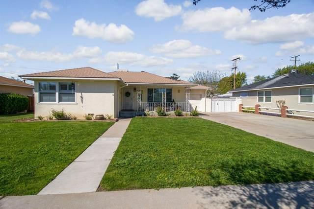 1412 W Flint Way, Fresno, CA 93705 (#539785) :: FresYes Realty
