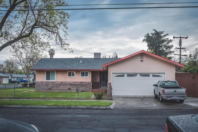 2902 E Northdale Avenue, Fresno, CA 93726 (#539801) :: Your Fresno Realty | RE/MAX Gold