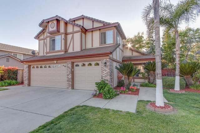 1140 N Homsy Avenue, Clovis, CA 93611 (#539807) :: Raymer Realty Group