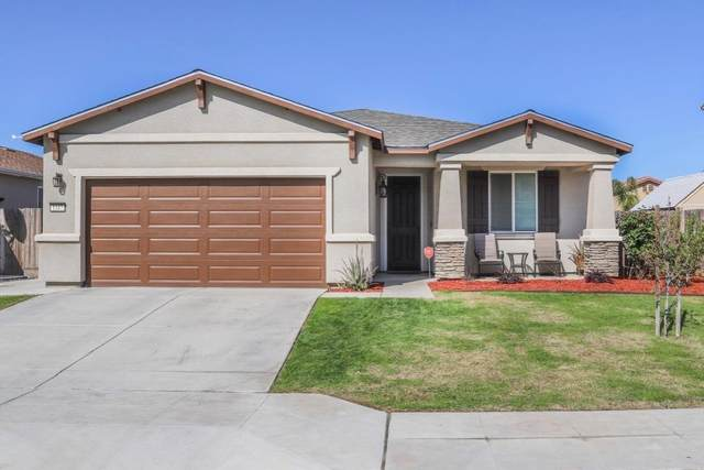 1187 S Shelly Avenue, Fresno, CA 93727 (#539930) :: FresYes Realty