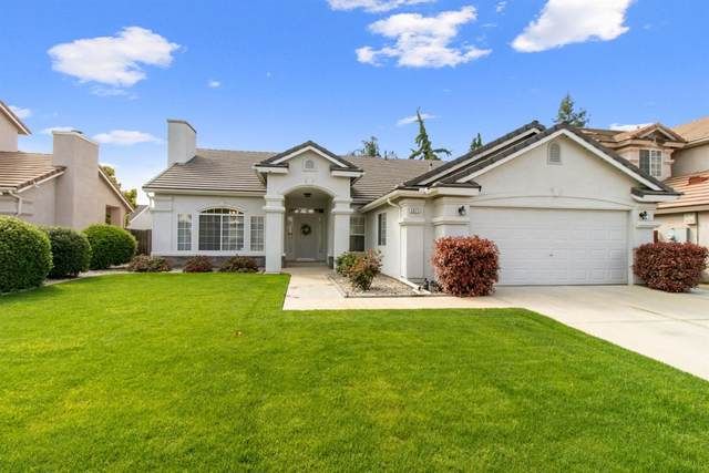 2871 E Pryor, Fresno, CA 93720 (#539957) :: FresYes Realty