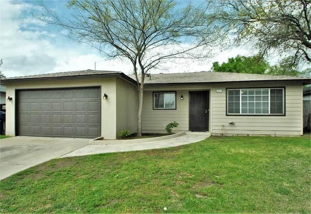 5835 E Dakota Avenue, Fresno, CA 92727 (#539978) :: FresYes Realty
