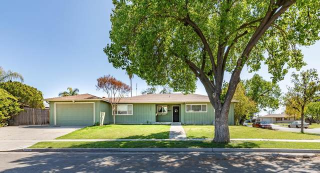 3085 W Acacia Avenue, Fresno, CA 93722 (#540034) :: FresYes Realty