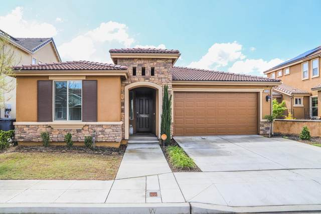 3568 Sussex Avenue, Clovis, CA 93619 (#540104) :: Your Fresno Realty | RE/MAX Gold