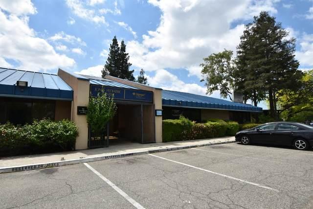 3520 E Shields Avenue, Fresno, CA 93726 (#540875) :: Dehlan Group