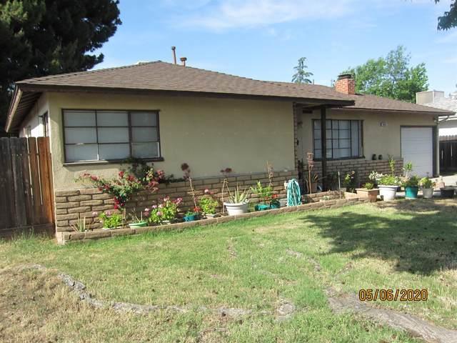 4685 E Harvard Avenue, Fresno, CA 93703 (#541458) :: FresYes Realty