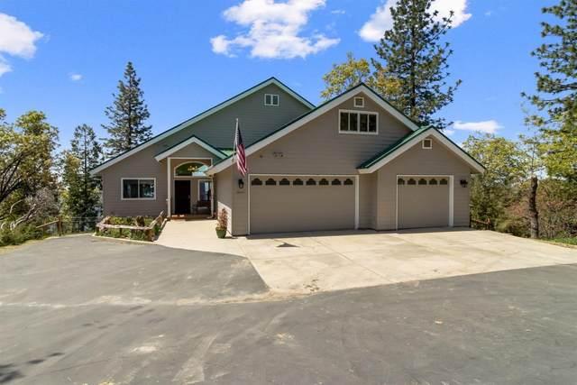 36041 Cressman Road, Shaver Lake, CA 93664 (#541478) :: Raymer Realty Group