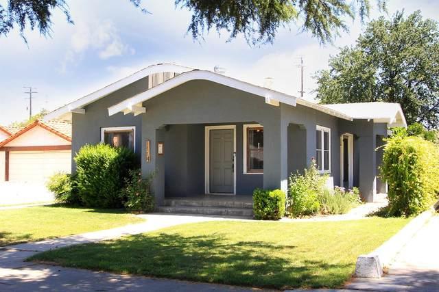 1114 N Street, Sanger, CA 93657 (#541775) :: Raymer Realty Group
