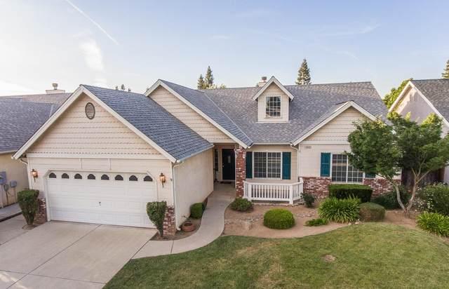 2628 E Goshen Avenue, Fresno, CA 93720 (#541800) :: Raymer Realty Group