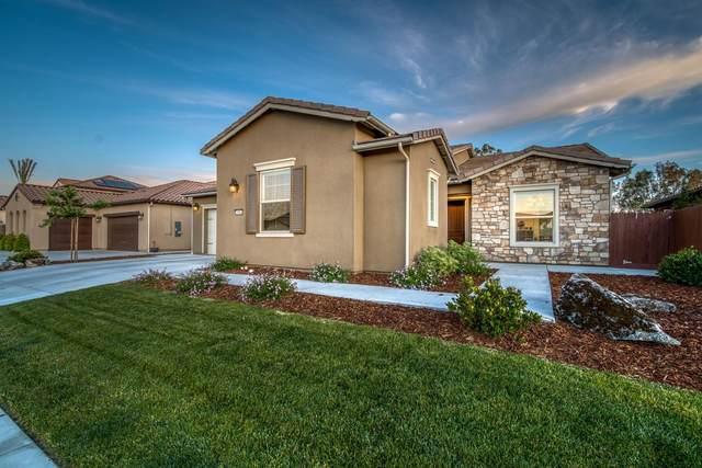 3086 Kenosha Avenue, Clovis, CA 93619 (#542068) :: Raymer Realty Group