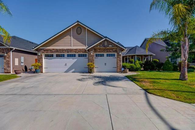 6760 W Oak Avenue, Fresno, CA 93722 (#542084) :: Raymer Realty Group