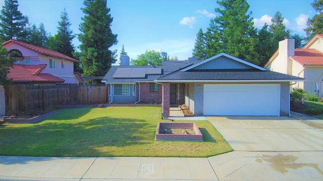 1796 E Eclipse Avenue, Fresno, CA 93720 (#542193) :: Raymer Realty Group