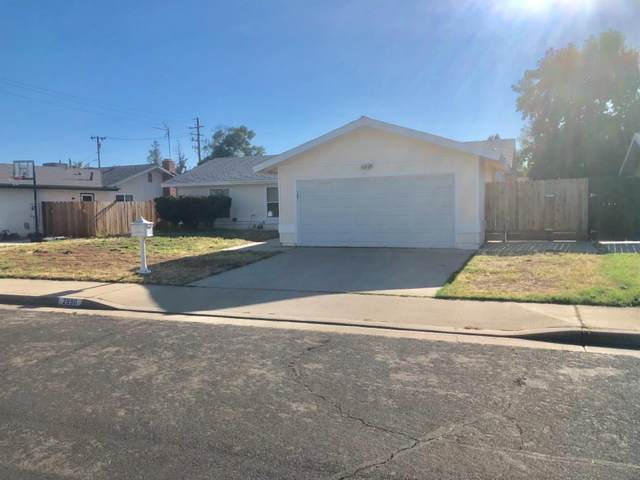 2990 Terry Avenue, Clovis, CA 93612 (#542207) :: Raymer Realty Group