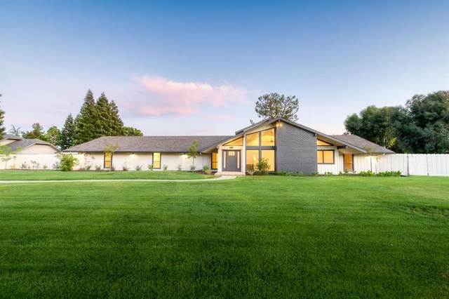 11735 E Santa Ana Avenue, Clovis, CA 93619 (#542232) :: Raymer Realty Group
