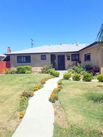 4447 E Richert Ave Avenue, Fresno, CA 93726 (#542243) :: Twiss Realty
