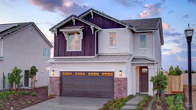 6052 E Brown Avenue, Fresno, CA 93727 (#542270) :: FresYes Realty