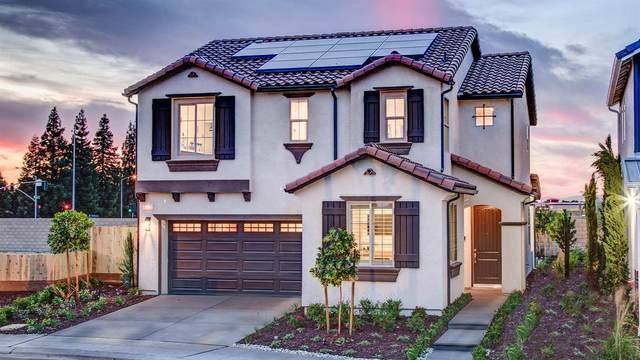 6024 E Brown Avenue, Fresno, CA 93727 (#542271) :: FresYes Realty