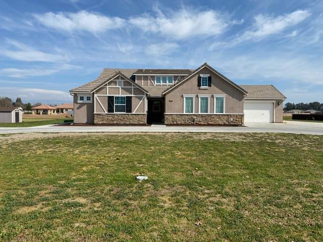 3938 N Peregrine Court, Sanger, CA 93657 (#542335) :: FresYes Realty