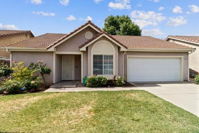 232 W Bedford Avenue, Clovis, CA 93611 (#542347) :: FresYes Realty