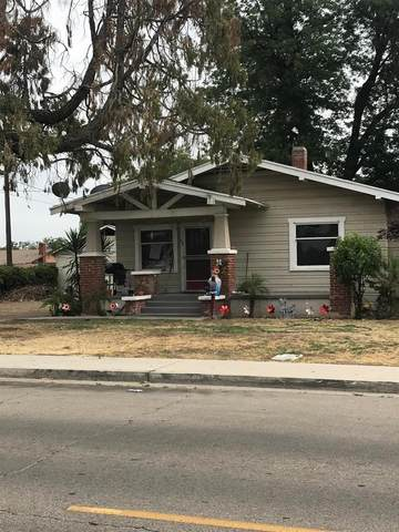 696 Kern Street, Kingsburg, CA 93631 (#542432) :: FresYes Realty