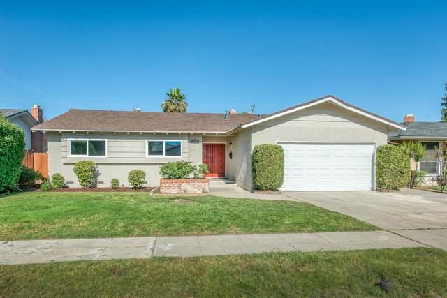 5256 N Bond Street, Fresno, CA 93710 (#542438) :: FresYes Realty