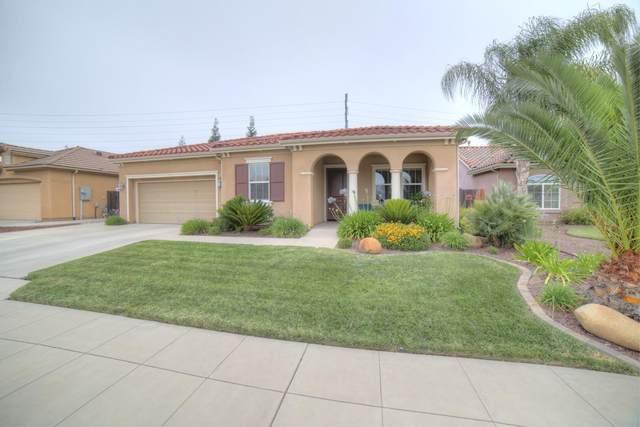 1044 E Carnoustie Avenue, Fresno, CA 93730 (#542596) :: FresYes Realty