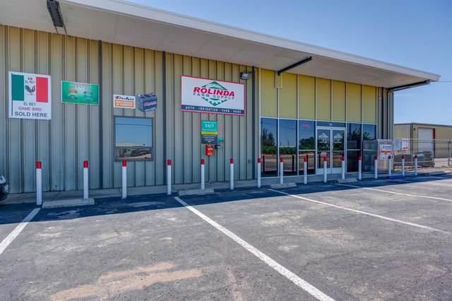 9169 W Whites Bridge Avenue, Fresno, CA 93706 (#542991) :: FresYes Realty