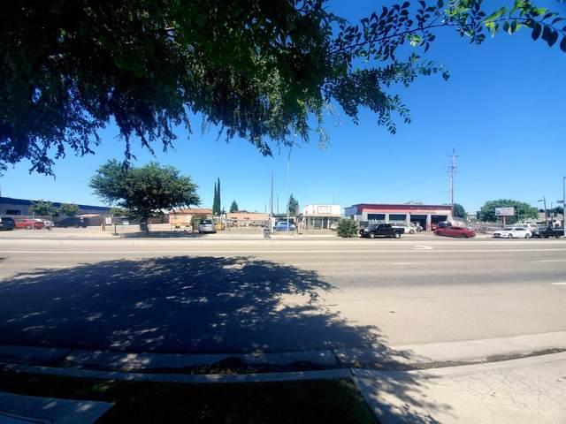 2810 S Elm Avenue, Fresno, CA 93706 (#543339) :: FresYes Realty