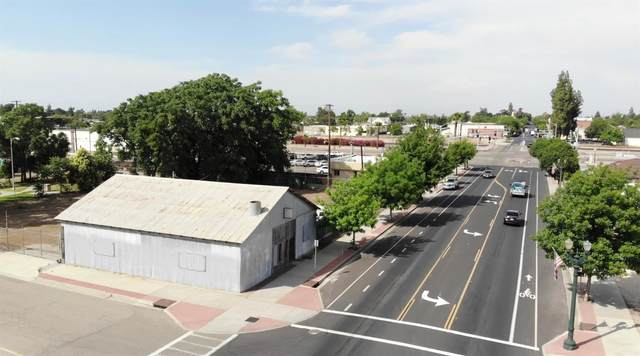 130 W Merced Street, Fowler, CA 93625 (#543689) :: Raymer Realty Group