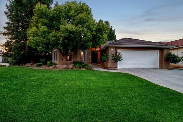 2188 E Skyview Avenue, Fresno, CA 93720 (#543977) :: Raymer Realty Group