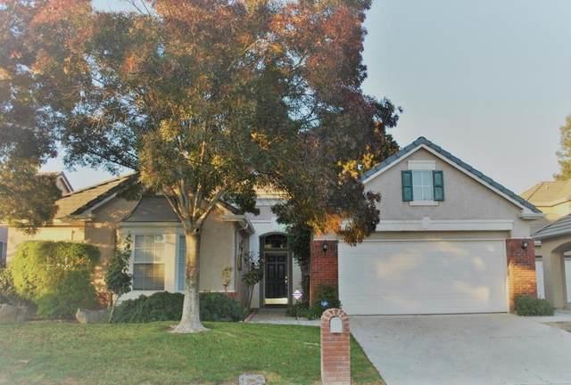 10474 E Fieldstone Avenue, Clovis, CA 93619 (#543998) :: FresYes Realty