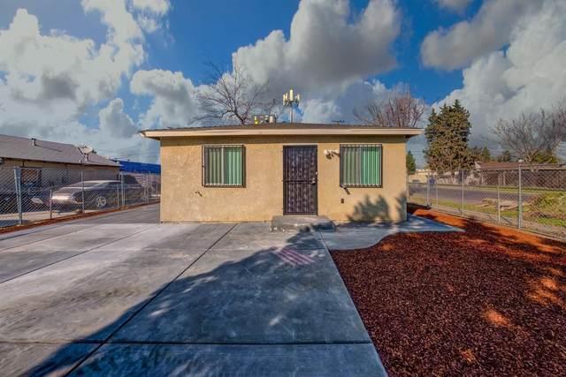 4697 E El Monte Way, Fresno, CA 93702 (#544002) :: FresYes Realty
