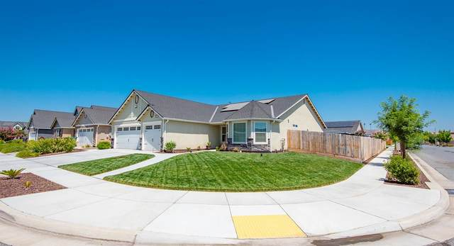 2396 Seaside Court, Tulare, CA 93274 (#544010) :: FresYes Realty