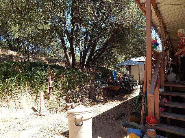 38188-38216 Road 422, Oakhurst, CA 93644 (#544149) :: FresYes Realty