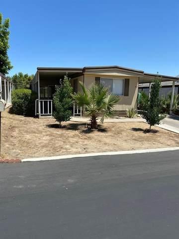 1300 W Olson #91, Reedley, CA 93654 (#544182) :: FresYes Realty