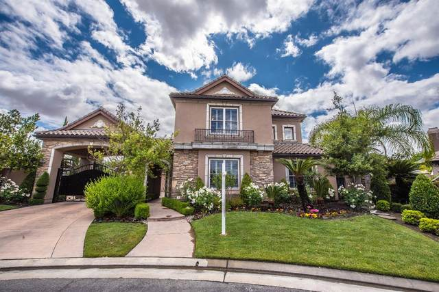 10726 N Golden Eagle Drive, Fresno, CA 93730 (#544185) :: Realty Concepts