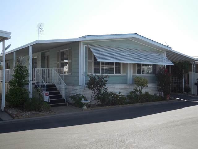 221 W Herndon Avenue #196, Pinedale, CA 93650 (#544202) :: Dehlan Group