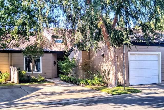 474 E Alluvial Avenue #107, Fresno, CA 93720 (#544205) :: Realty Concepts