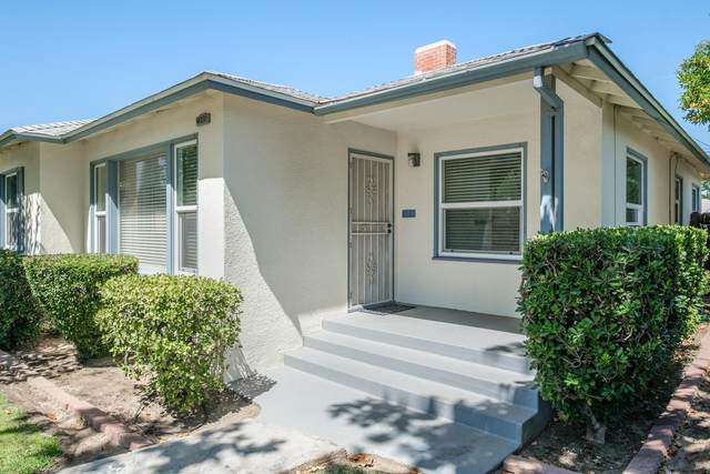 2946 N Vagedes Avenue, Fresno, CA 93705 (#544321) :: Your Fresno Realty | RE/MAX Gold